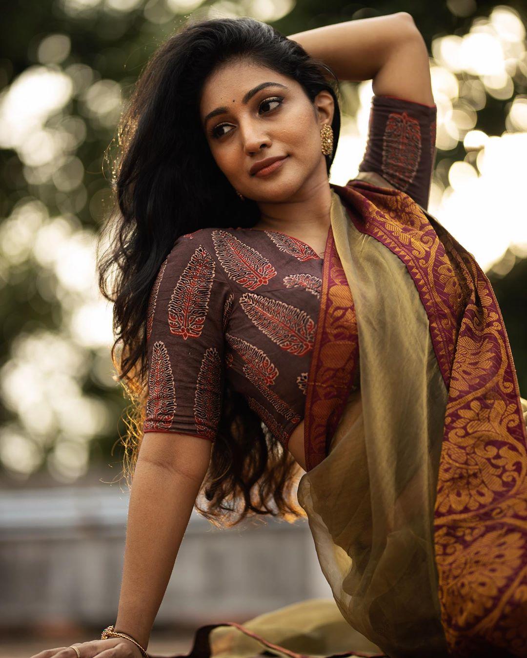 Bommu Lakshmi photos (49)