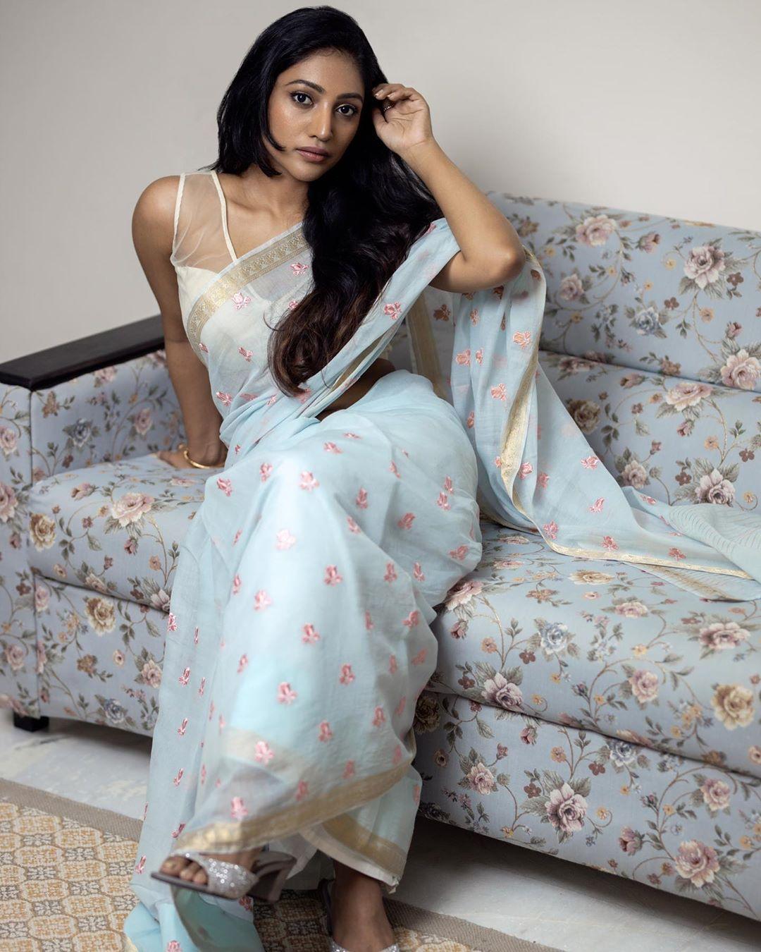 Bommu Lakshmi photos (51)
