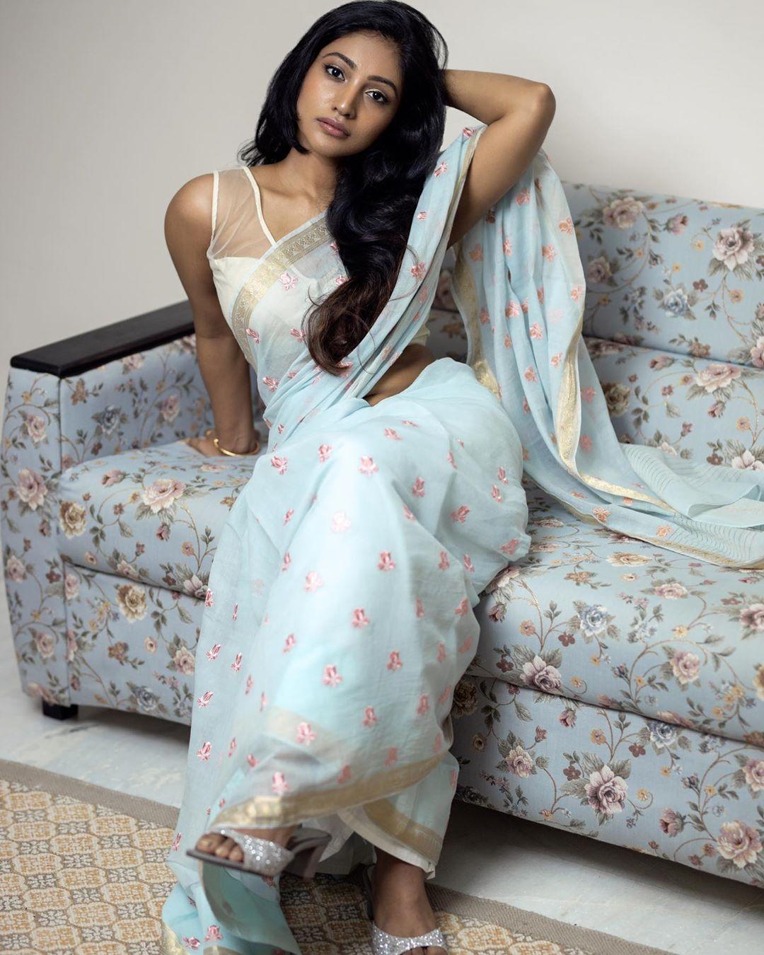 Bommu Lakshmi photos (55)