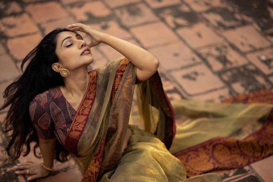 Bommu Lakshmi photos (61)