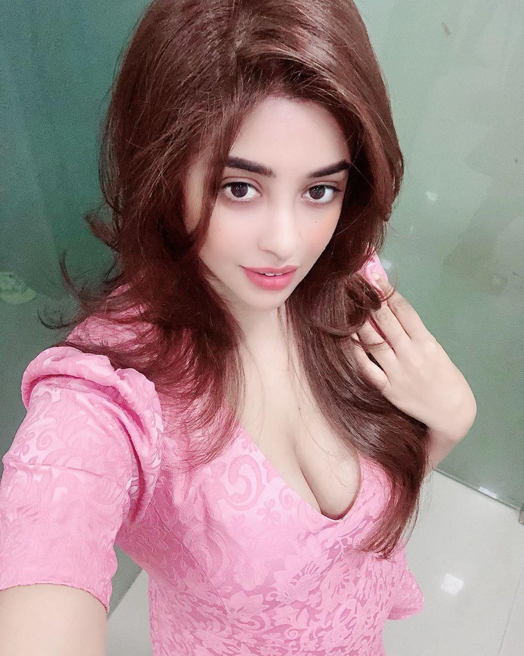 payal ghosh instagram photos (39)