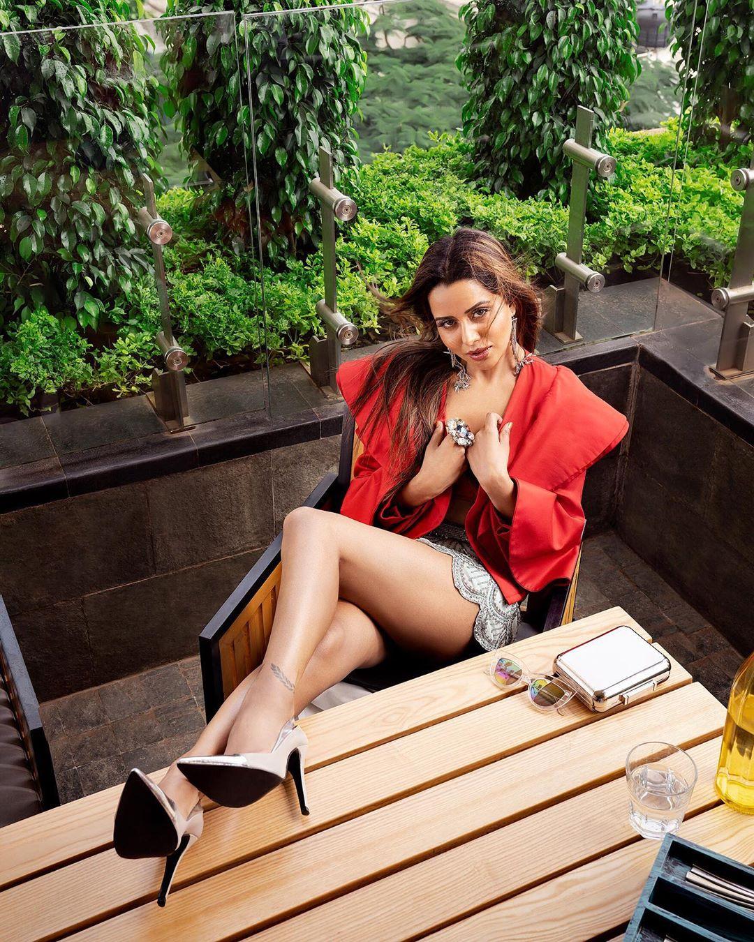 raiza wilson latest photoshoot stills (15)