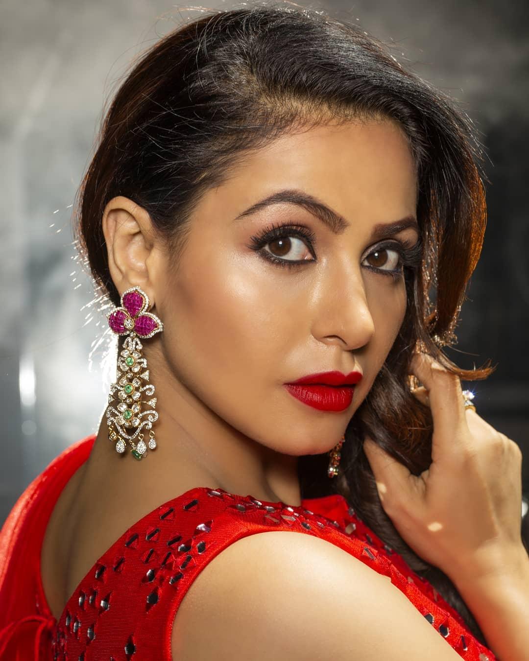 Actress Nandini Rai Latest Photos (40)