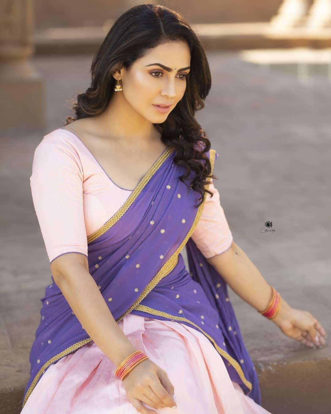 Actress Nandini Rai Latest Photos (45)