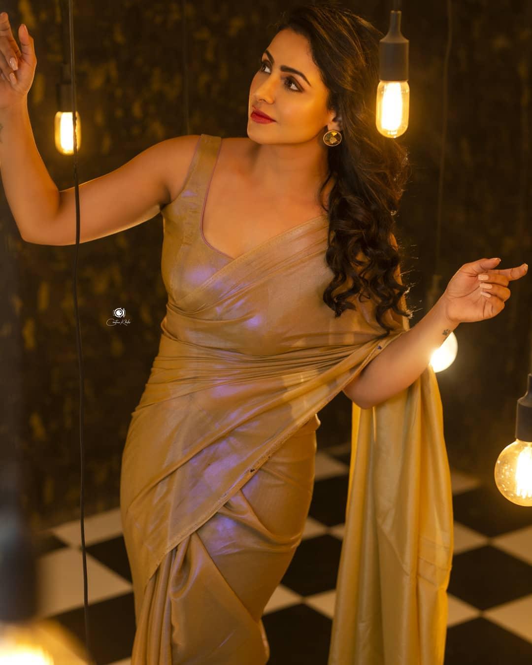 Actress Nandini Rai Latest Photos (56)