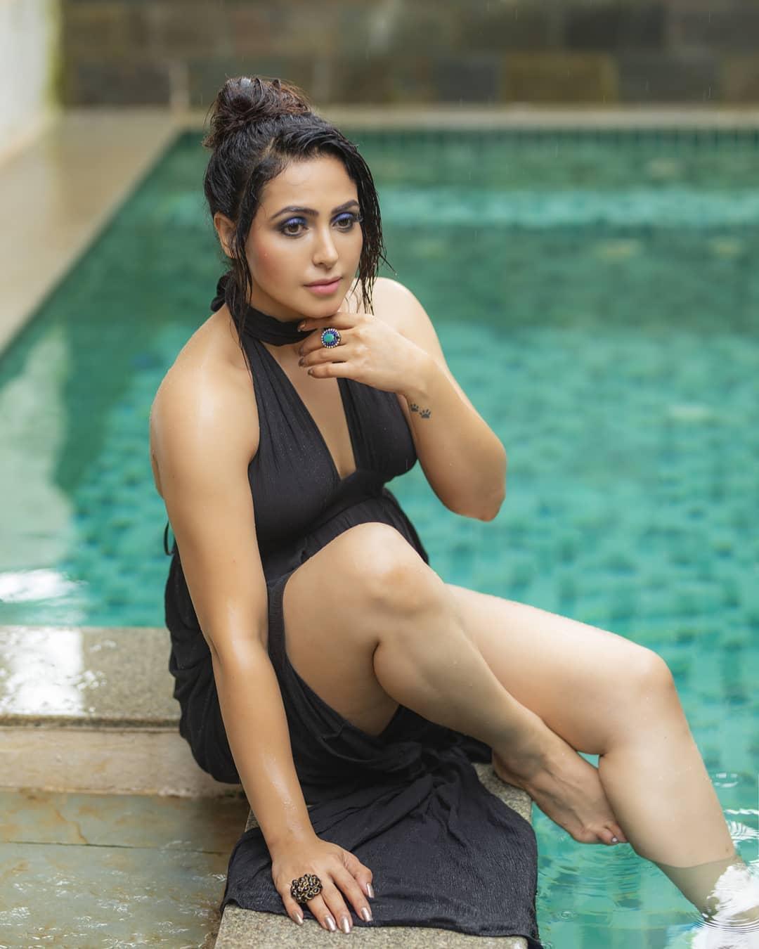 Actress Nandini Rai Latest Photos (63)