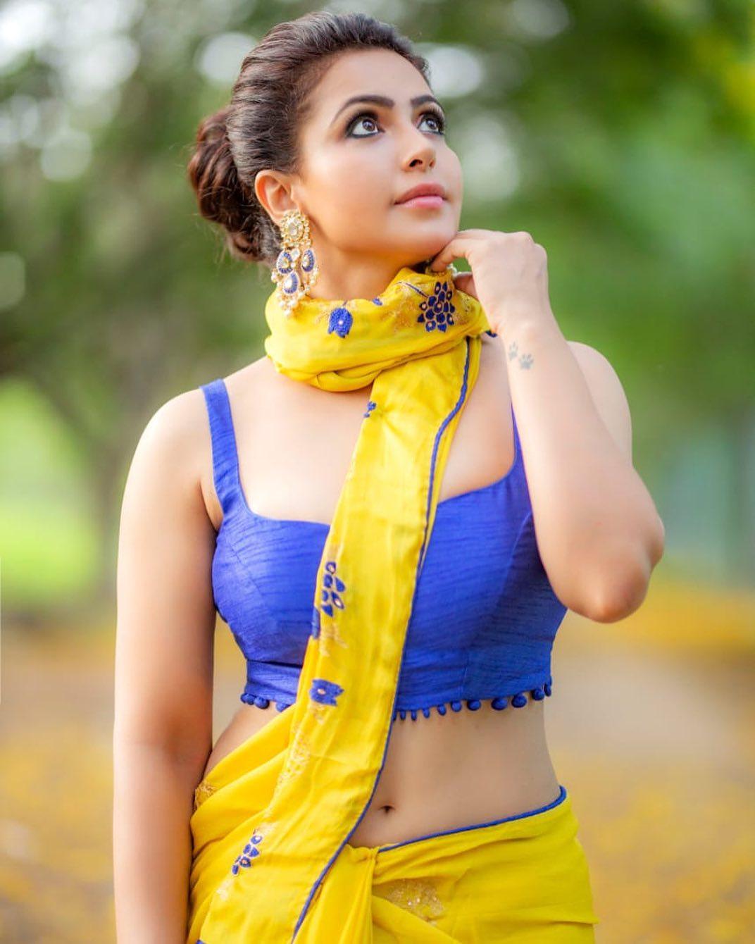 Actress Nandini Rai Latest Photos (67)