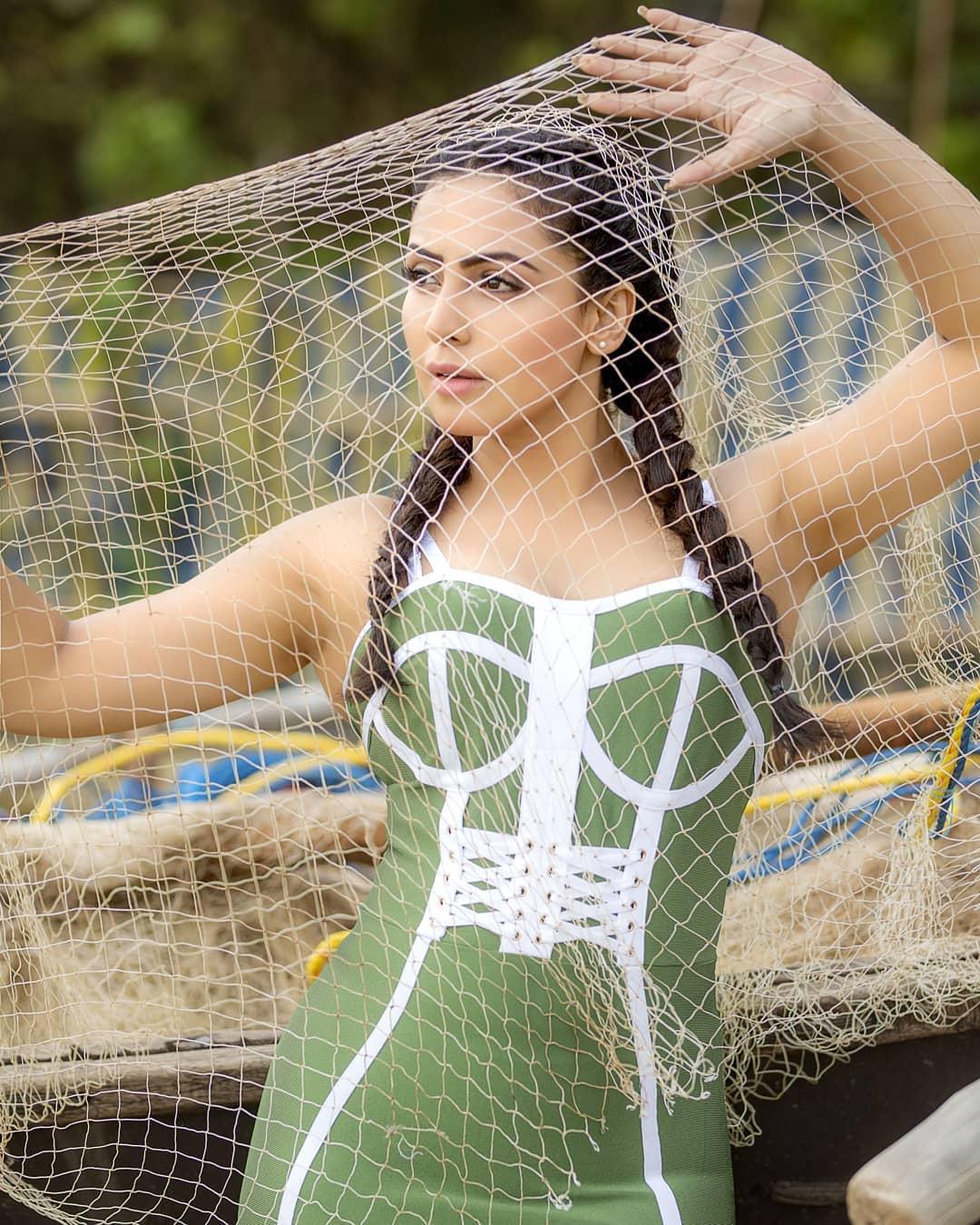 Actress Nandini Rai Latest Photos (68)