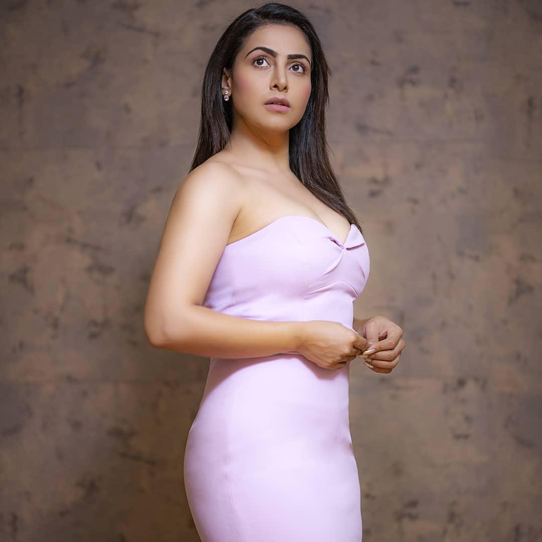 Actress Nandini Rai Latest Photos (7)