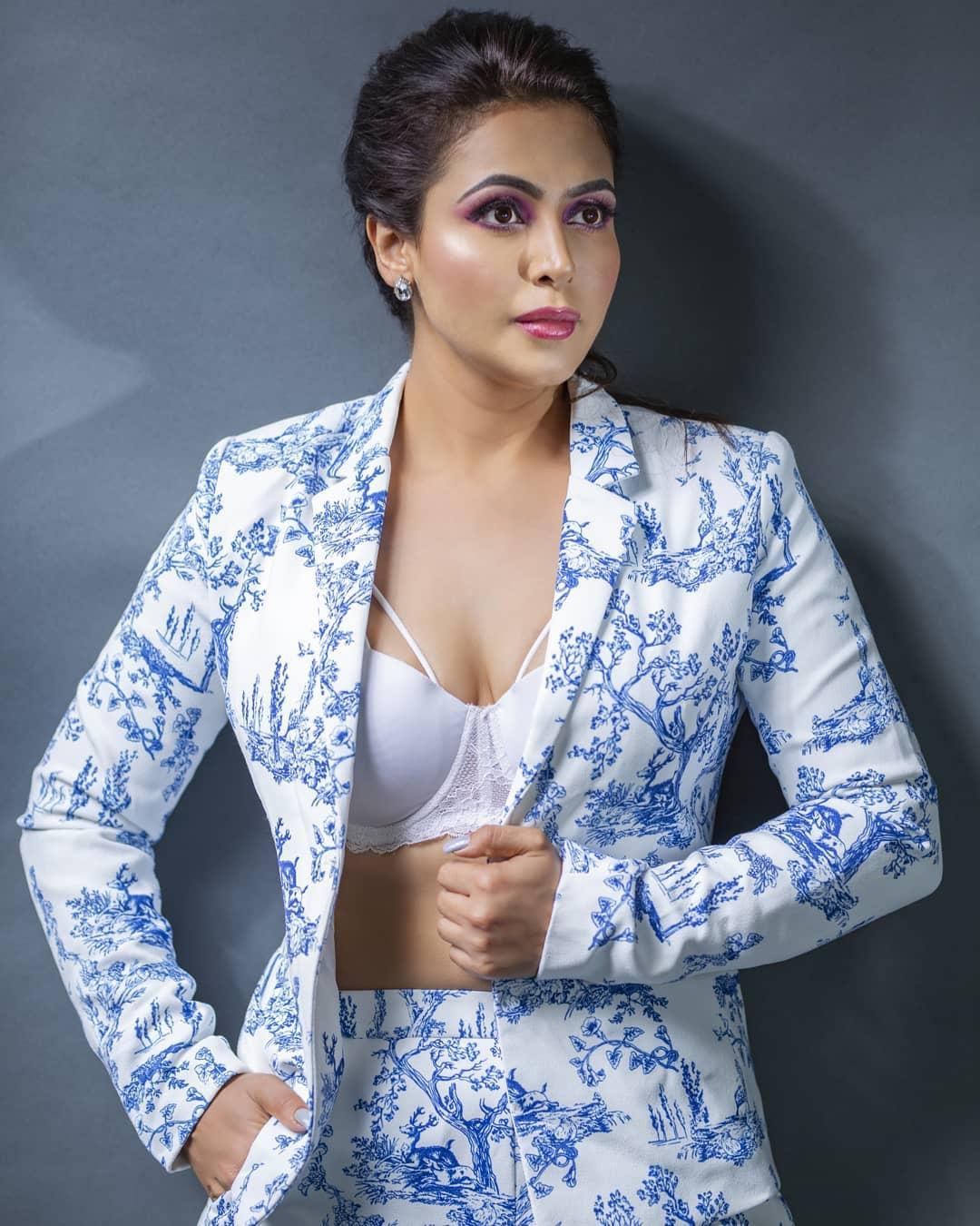 Actress Nandini Rai Latest Photos (71)