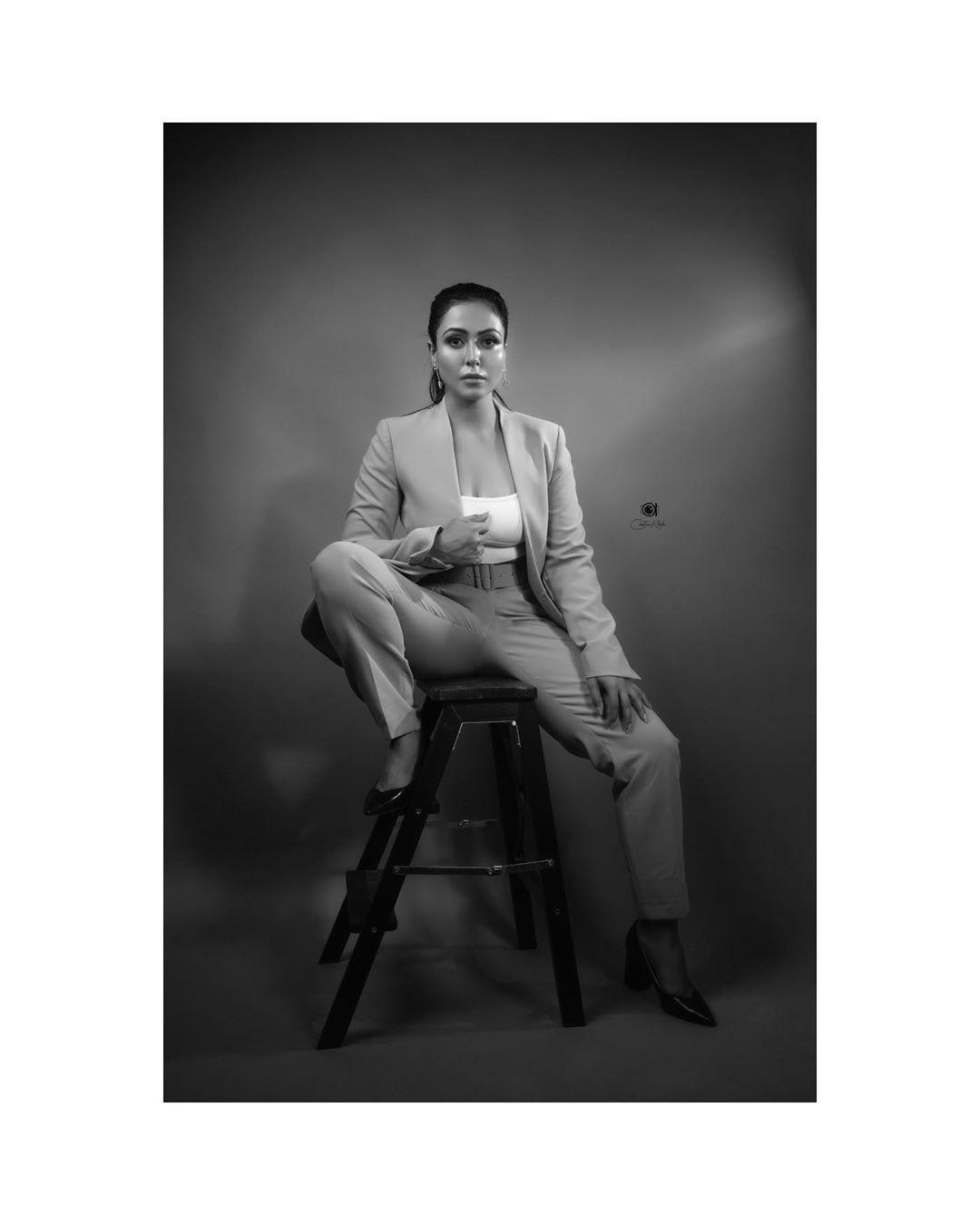 Actress Nandini Rai Latest Photos (78)