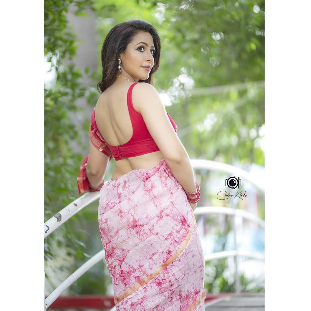 Actress Nandini Rai Latest Photos (8)