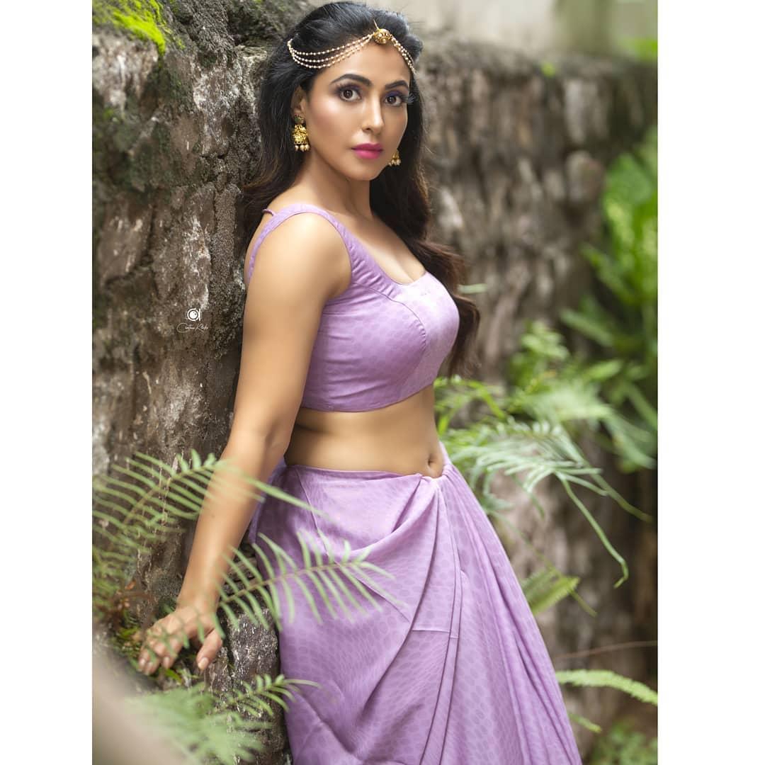 Actress Nandini Rai Latest Photos (80)