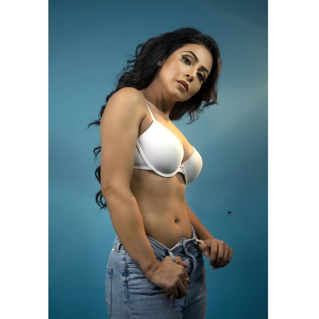 Actress Nandini Rai Latest Photos (85)