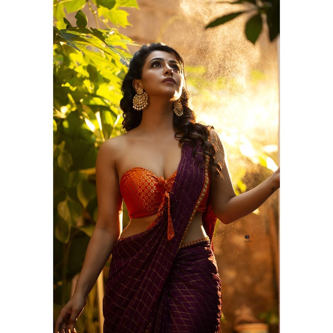 Actress Nandini Rai Latest Photos (90)