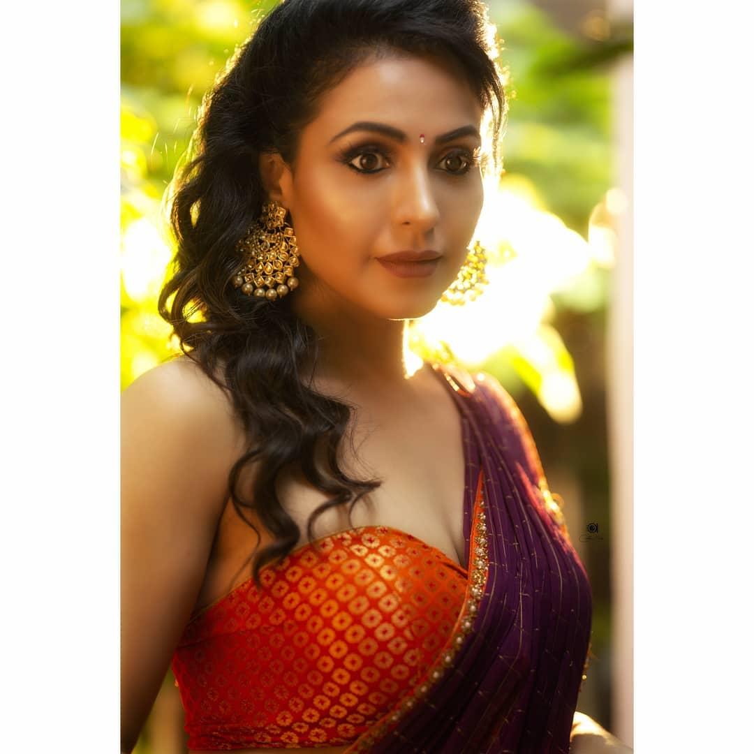Actress Nandini Rai Latest Photos (91)