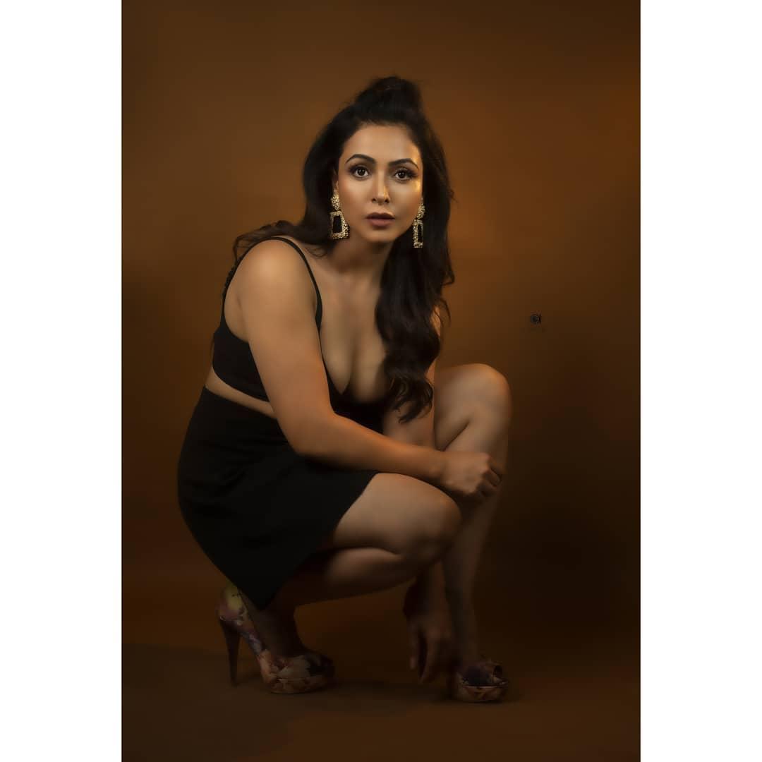 Actress Nandini Rai Latest Photos (93)