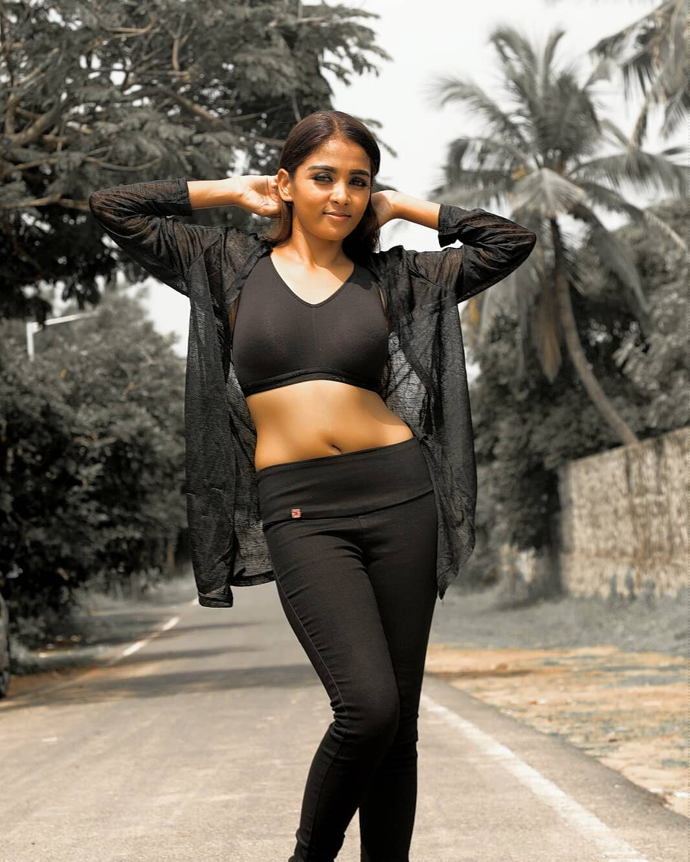 Actress Nimmy Photos