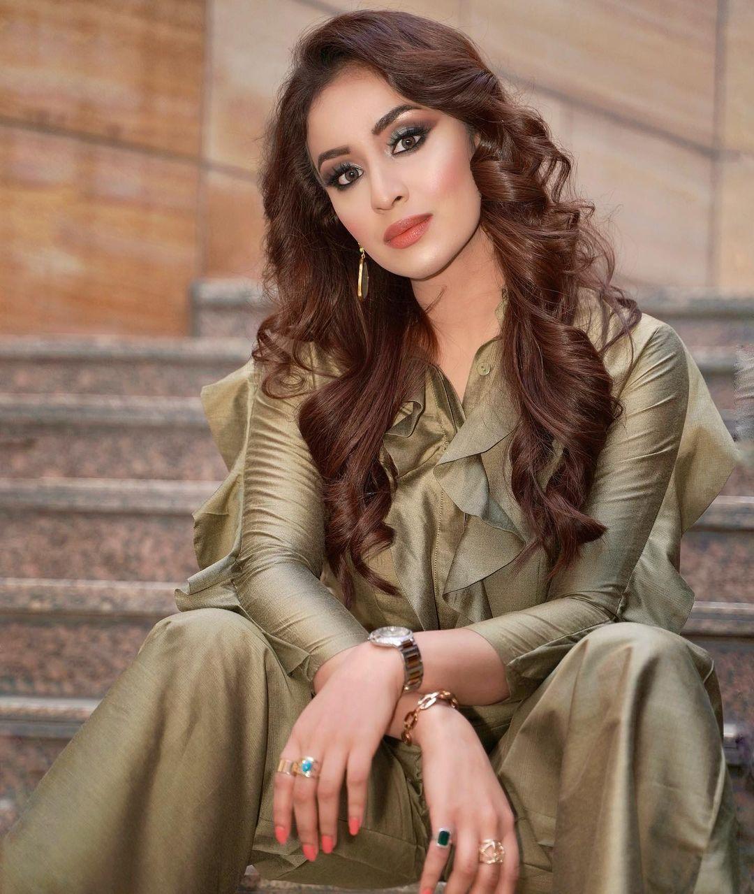 [44+] Musskan Sethi Photos (34)