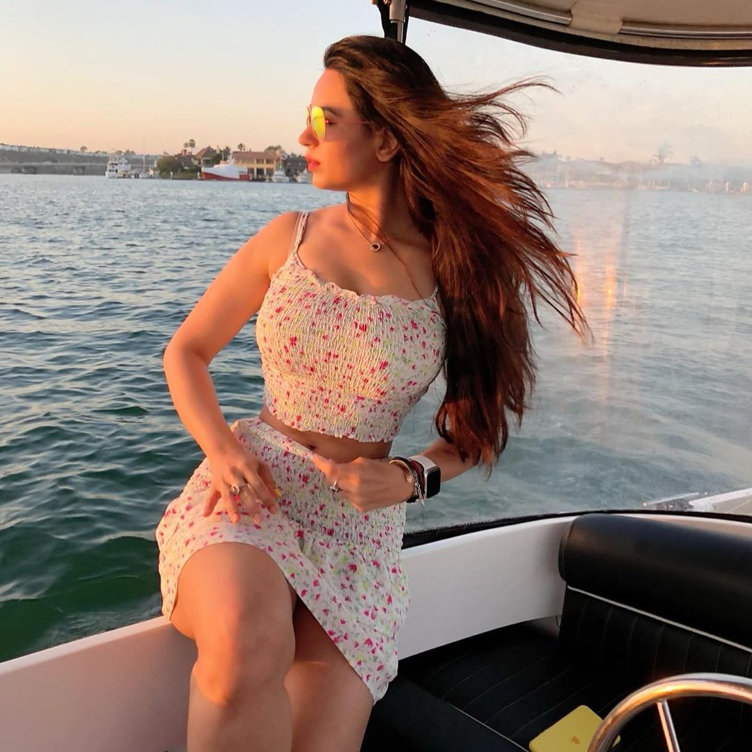 Beauty Queen Soundarya Sharma Photos (52)