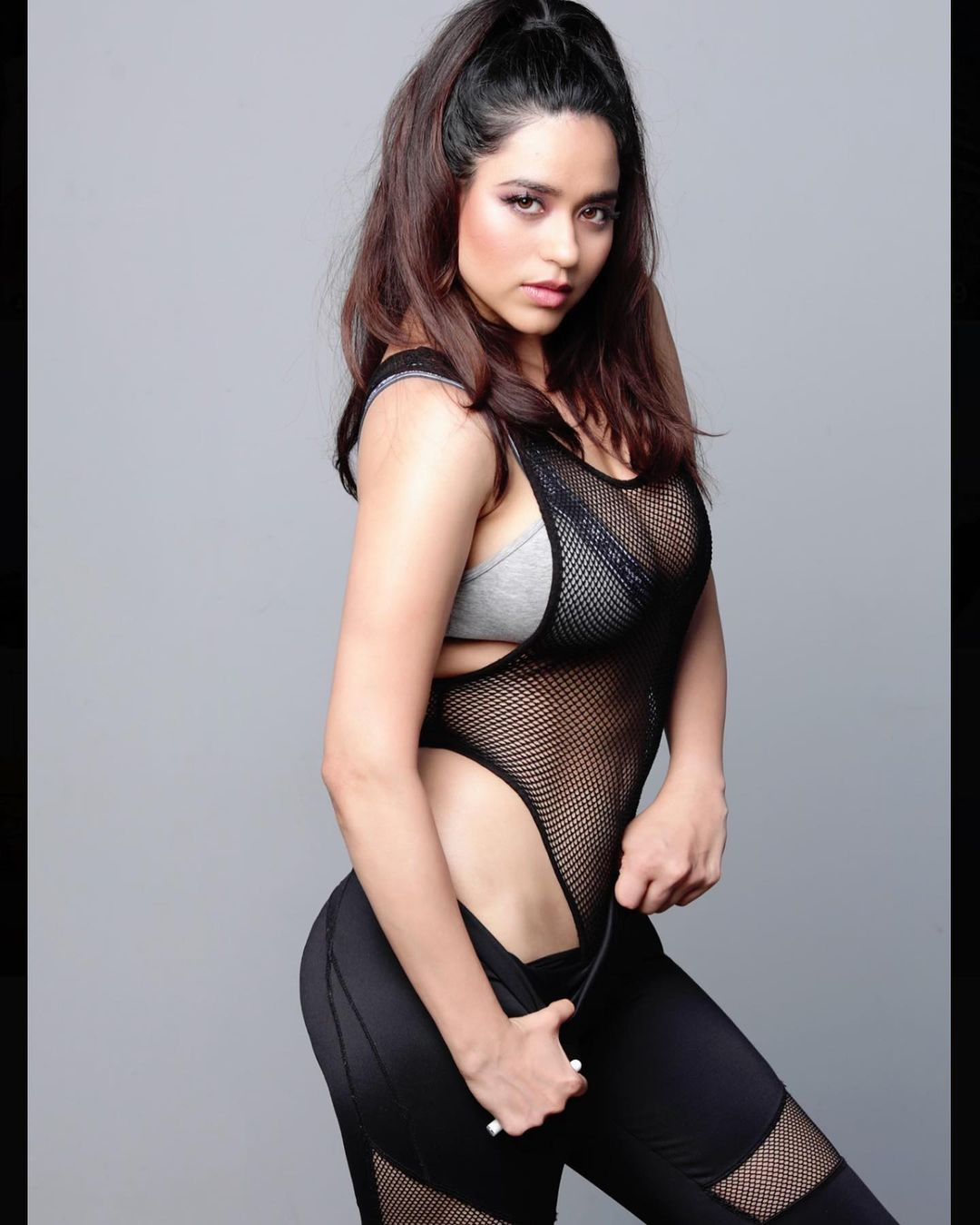 Beauty Queen Soundarya Sharma Photos (78)