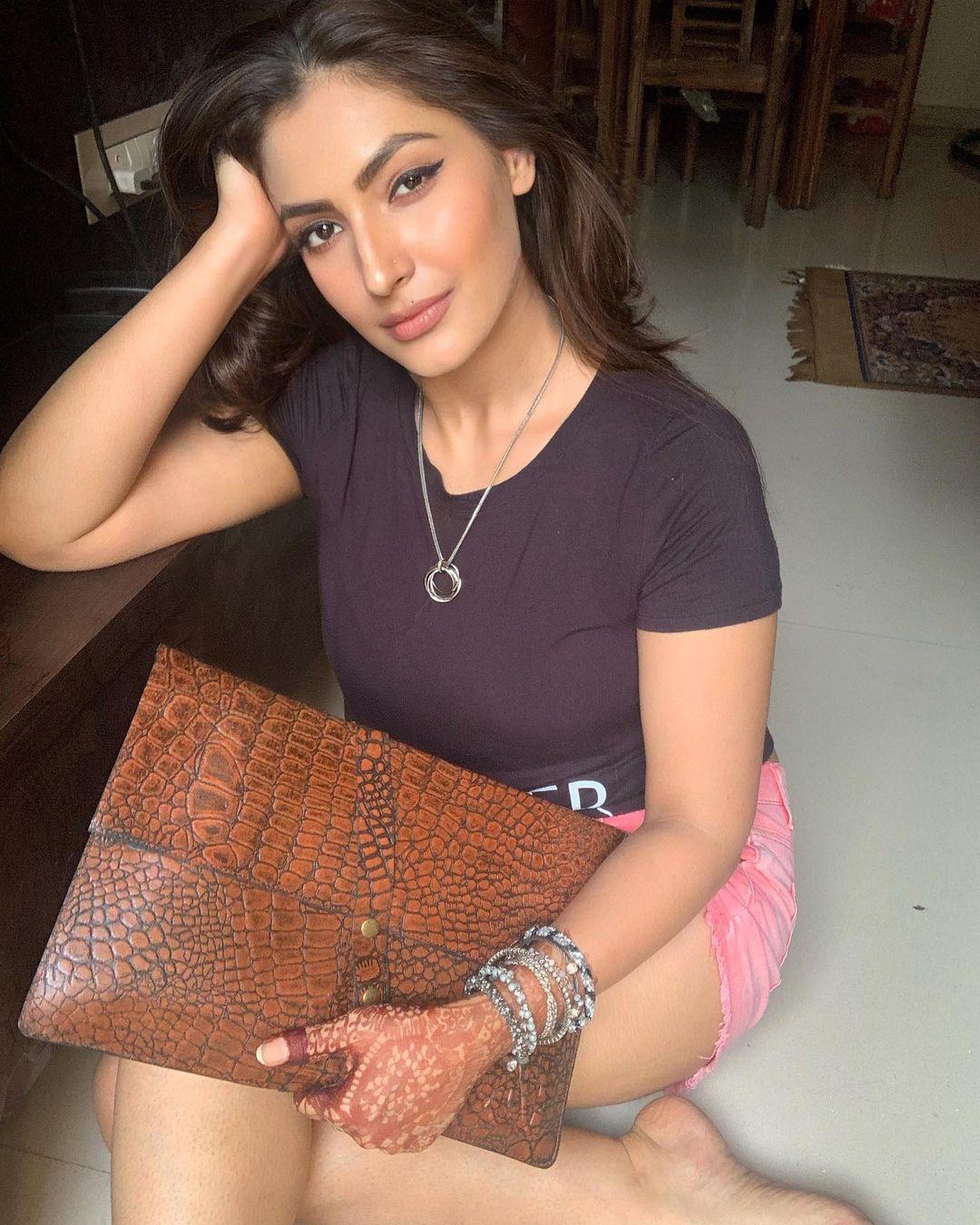 Indian TV actorsess Shivangi Verma Latest Pics (20)