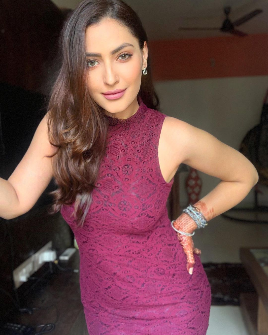 Indian TV actorsess Shivangi Verma Latest Pics (22)