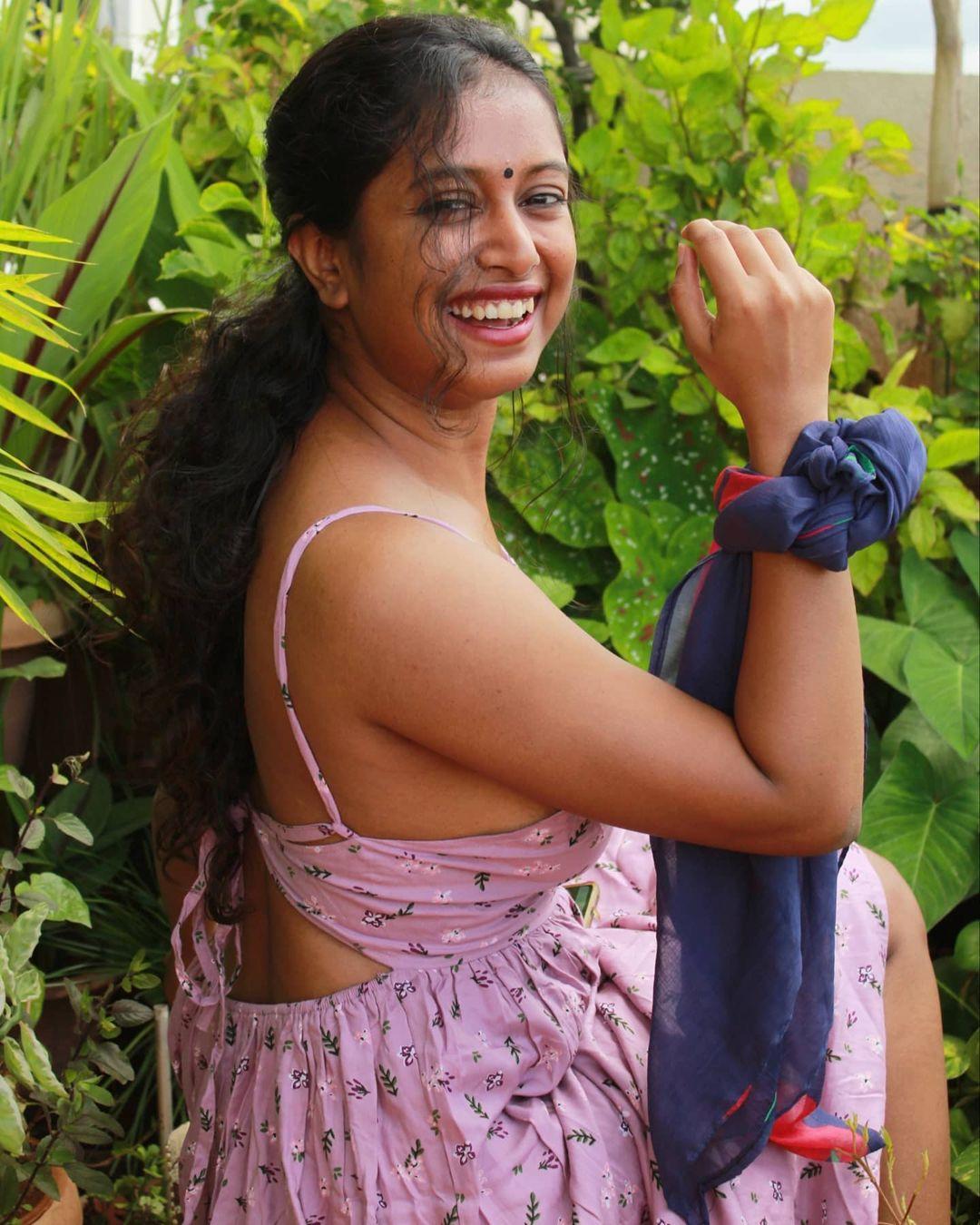 Instagram star Apoorva Jayarajan Photo Gallery (16)
