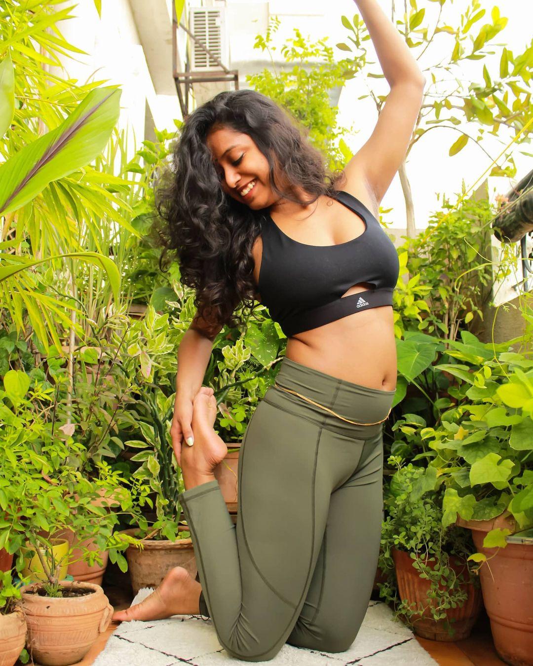 Instagram star Apoorva Jayarajan Photo Gallery (26)