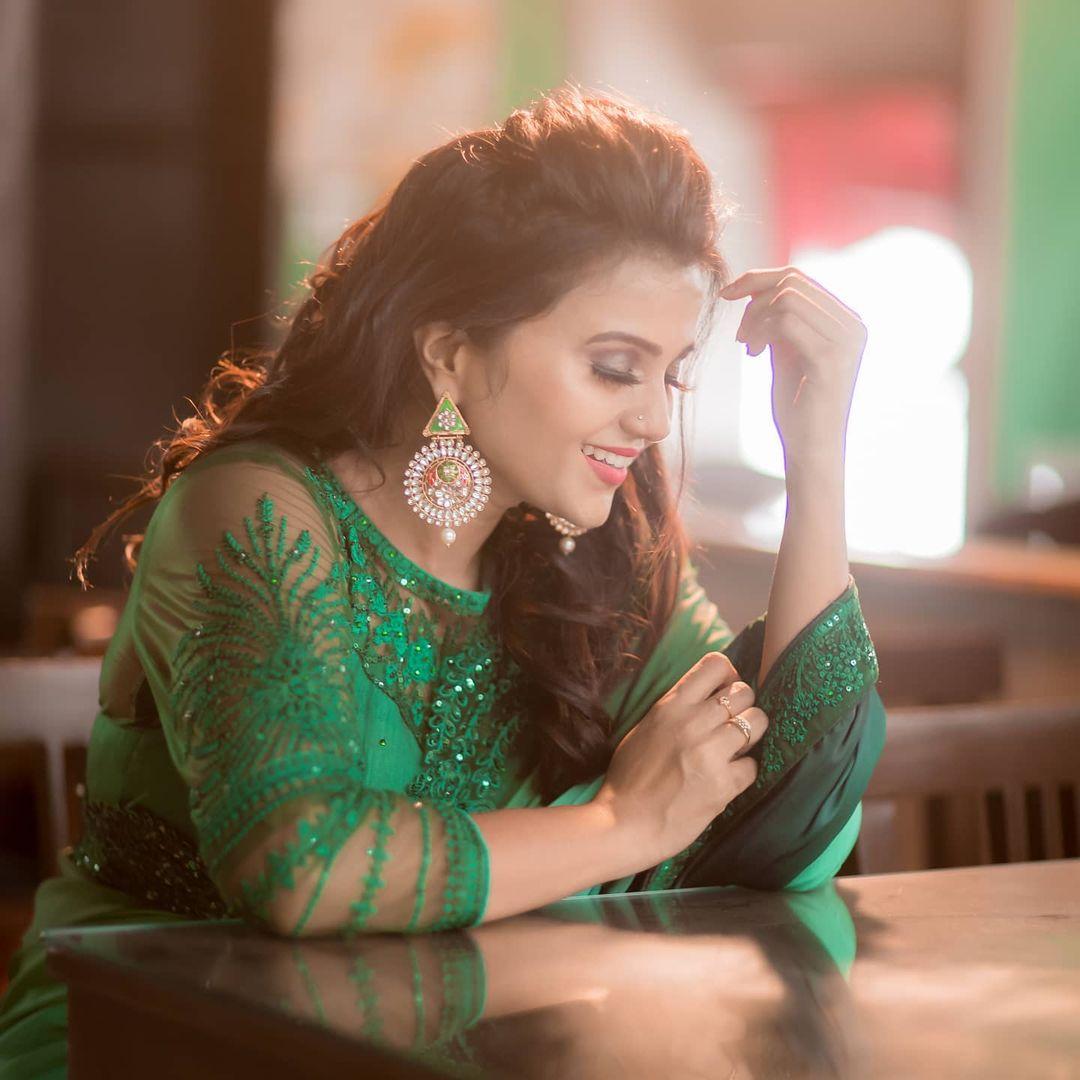 Poove Poochudava Serial Actress Krithika Laddu Latest Photos (11)