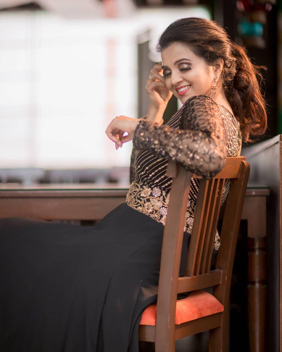 Poove Poochudava Serial Actress Krithika Laddu Latest Photos (12)