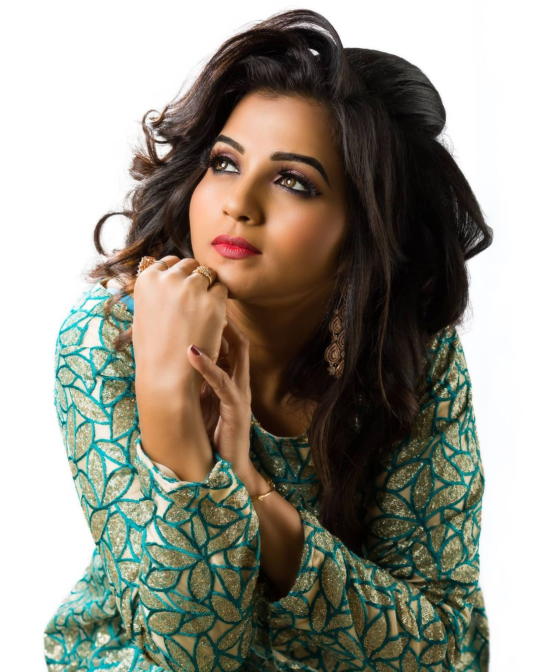 Poove Poochudava Serial Actress Krithika Laddu Latest Photos (15)