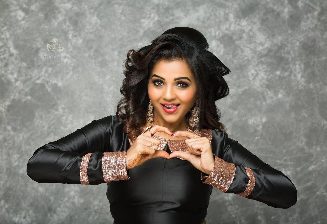 Poove Poochudava Serial Actress Krithika Laddu Latest Photos (16)