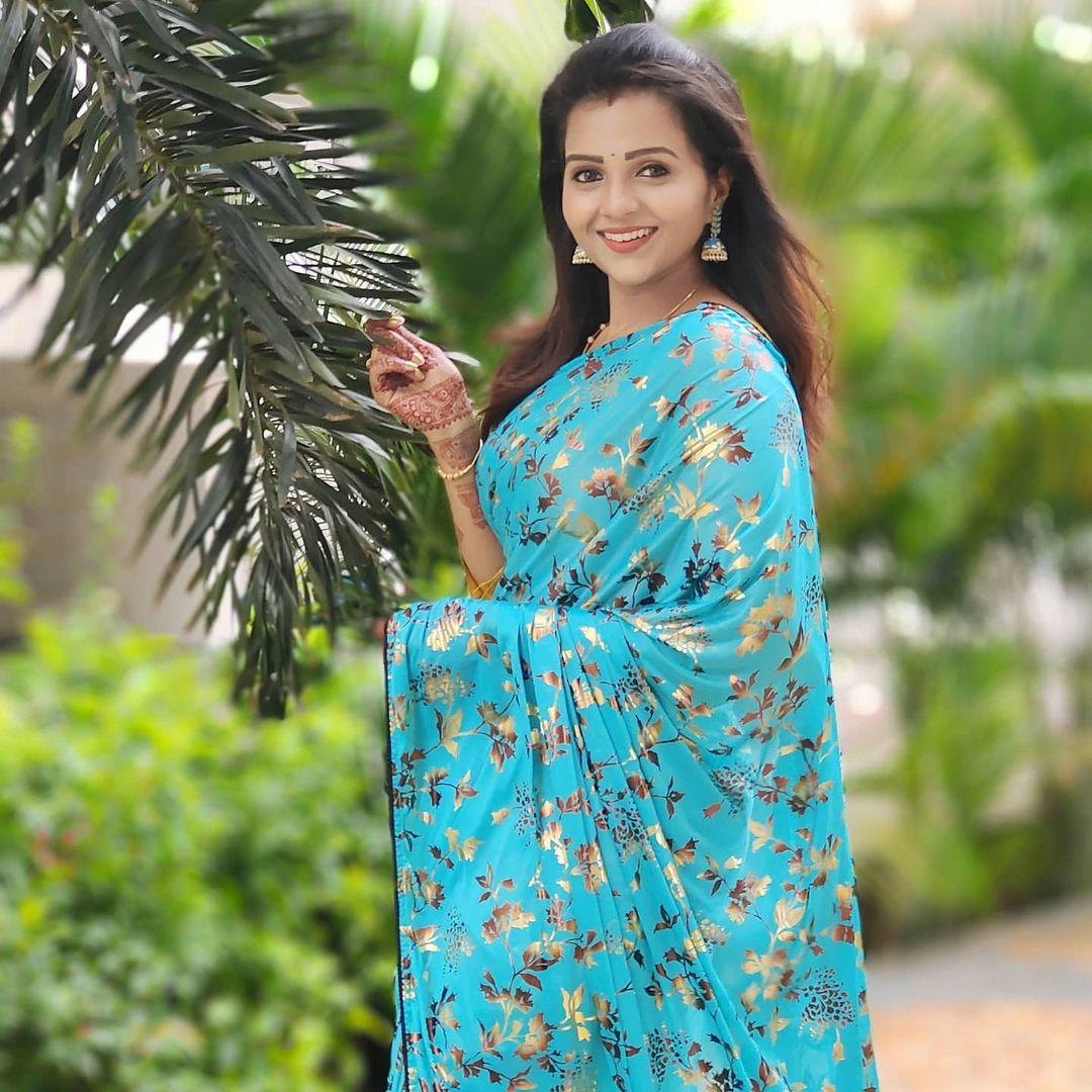 Poove Poochudava Serial Actress Krithika Laddu Latest Photos (17)