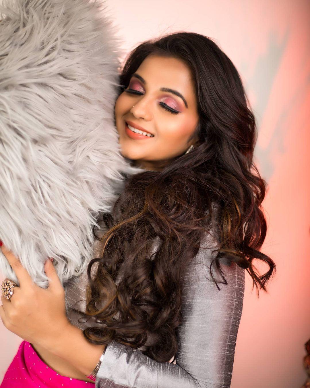 Poove Poochudava Serial Actress Krithika Laddu Latest Photos (21)