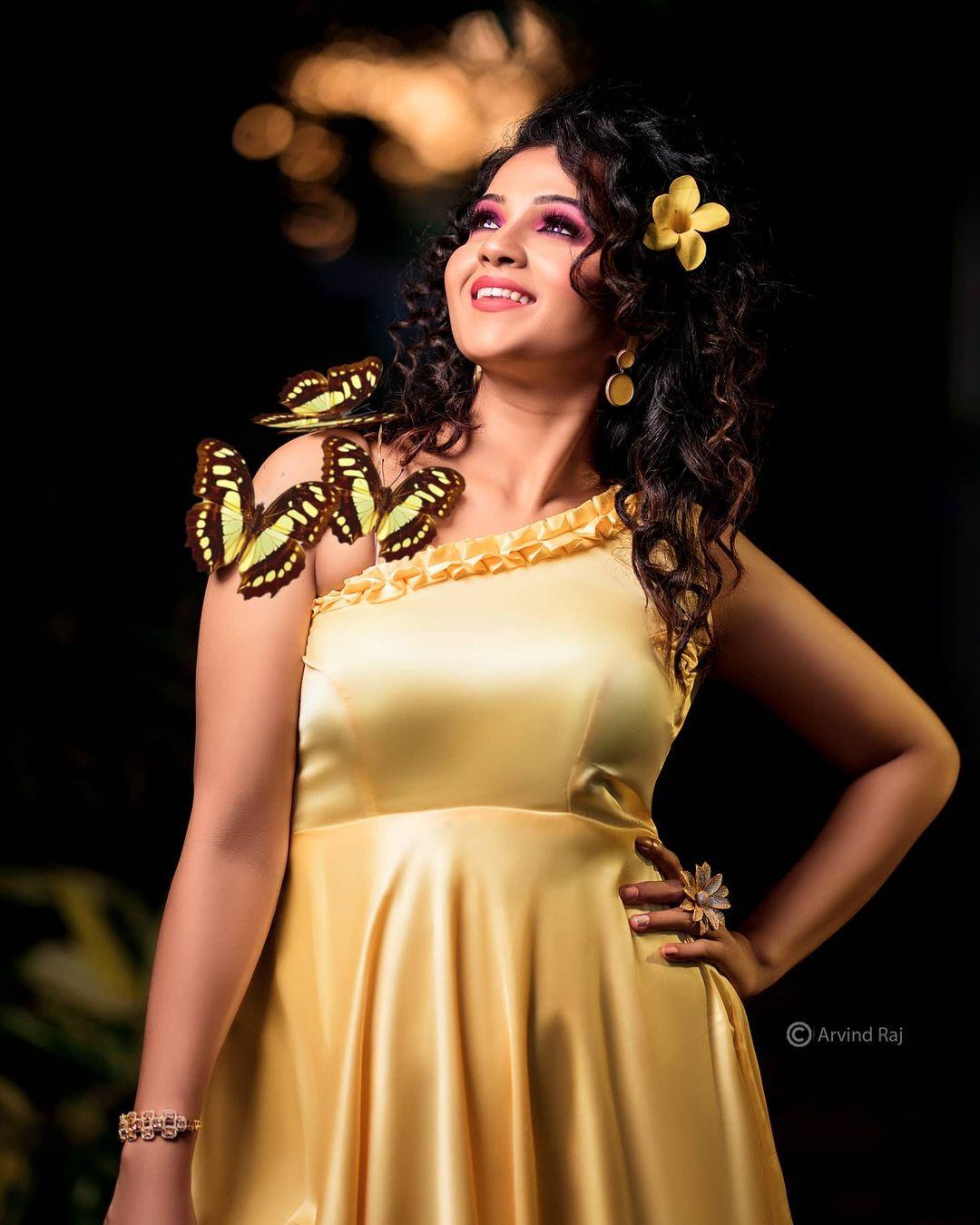 Poove Poochudava Serial Actress Krithika Laddu Latest Photos (28)