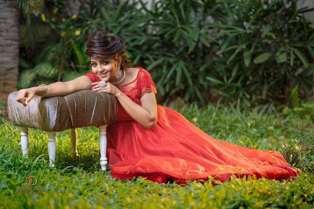 Poove Poochudava Serial Actress Krithika Laddu Latest Photos (5)