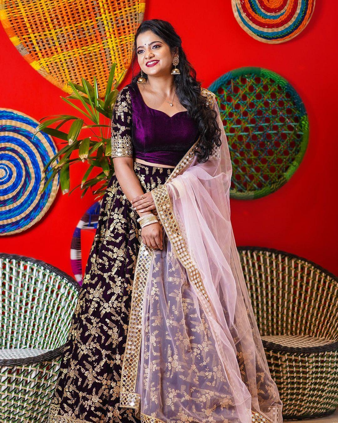 Serial Actress V. J. Chitra Photo Gallery (10)