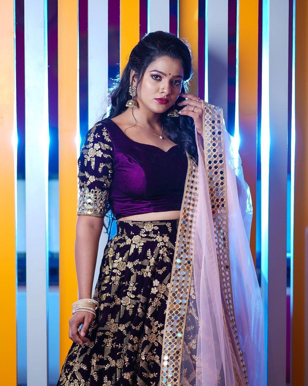 VJ Chitra (aka) Pandian Stores Mullai Images HD | TV