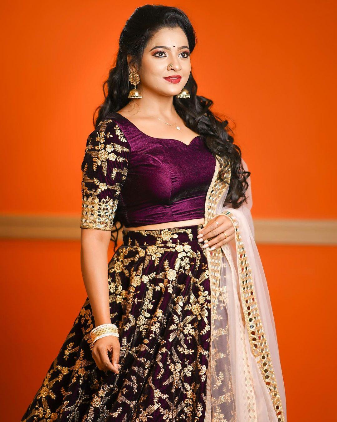 Serial Actress V. J. Chitra Photo Gallery (13)
