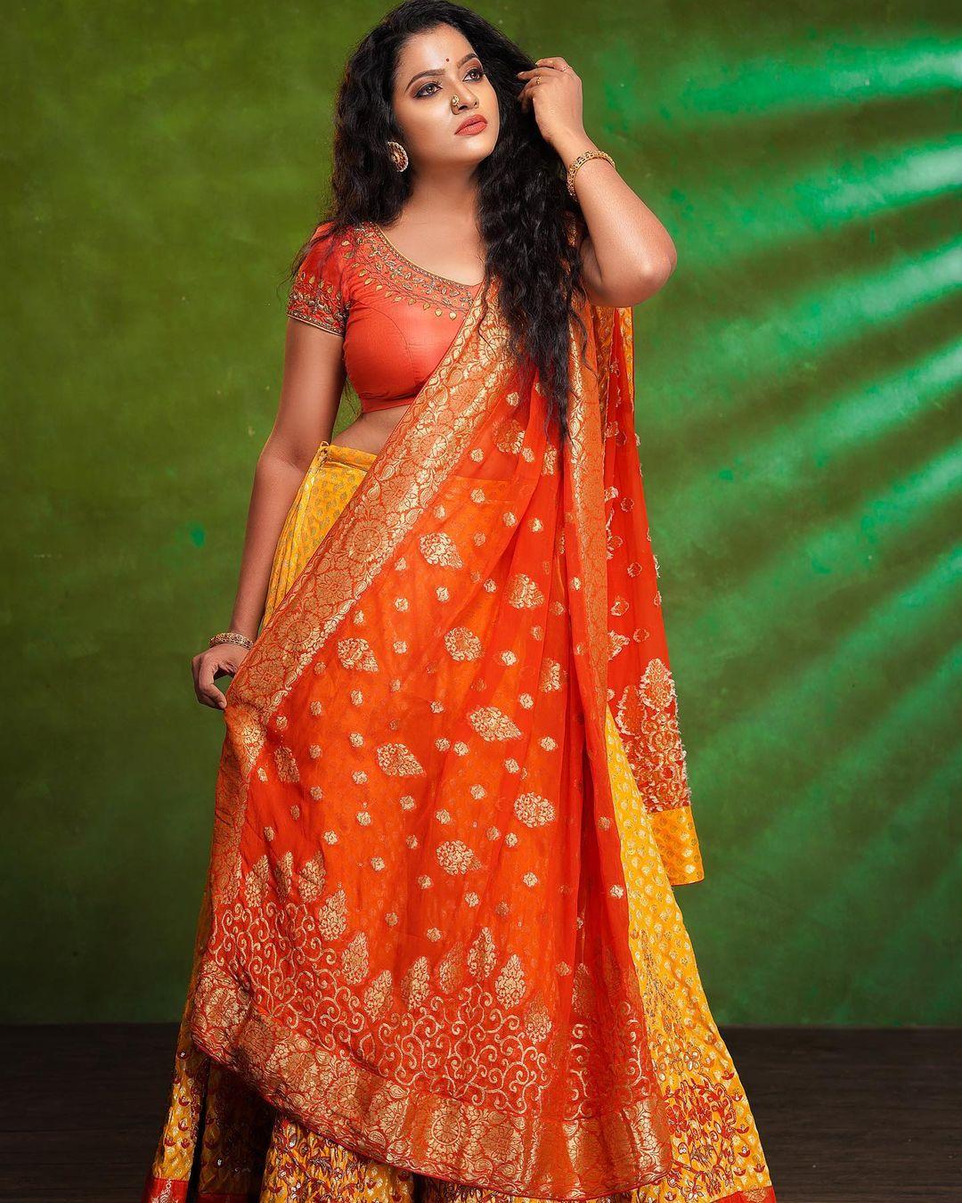 Serial Actress V. J. Chitra Photo Gallery (14)