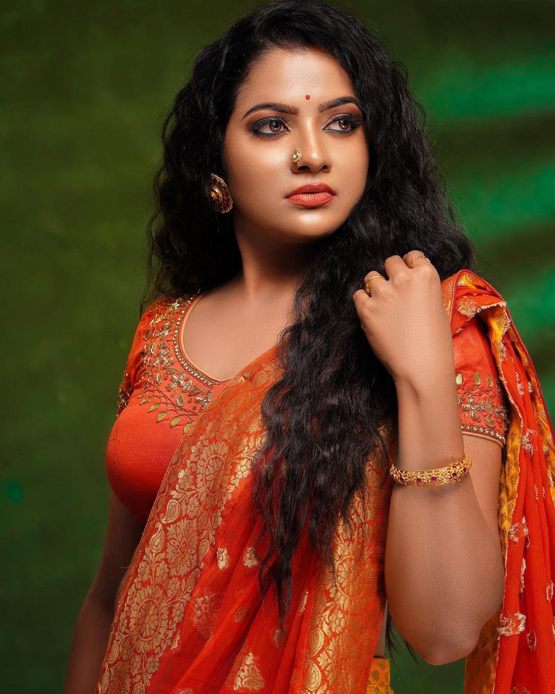 Serial Actress V. J. Chitra Photo Gallery (16)