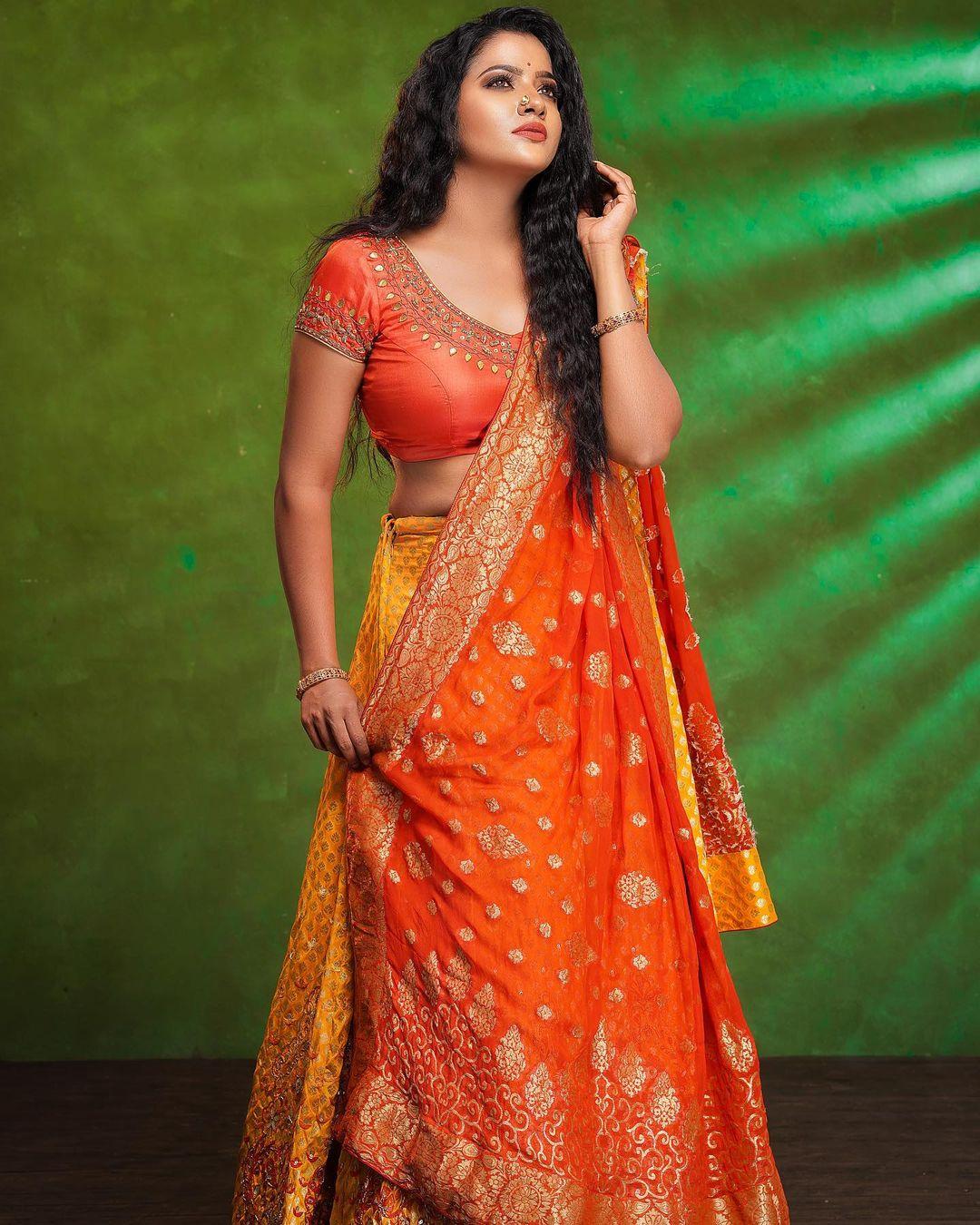 Serial Actress V. J. Chitra Photo Gallery (17)