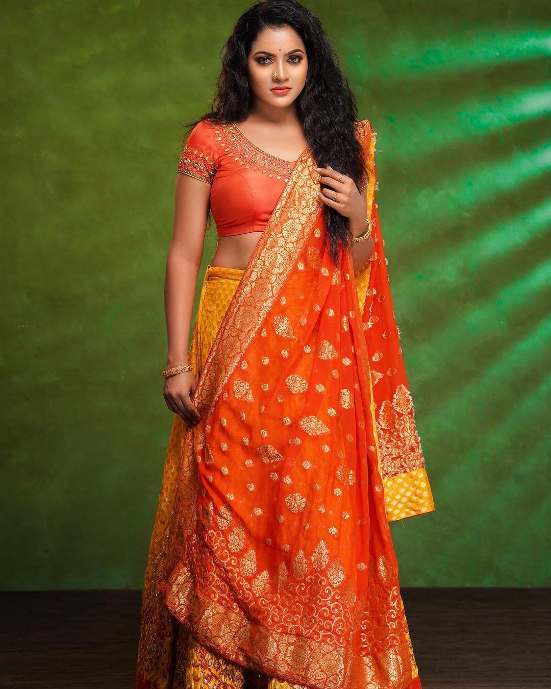 Serial Actress V. J. Chitra Photo Gallery (19)