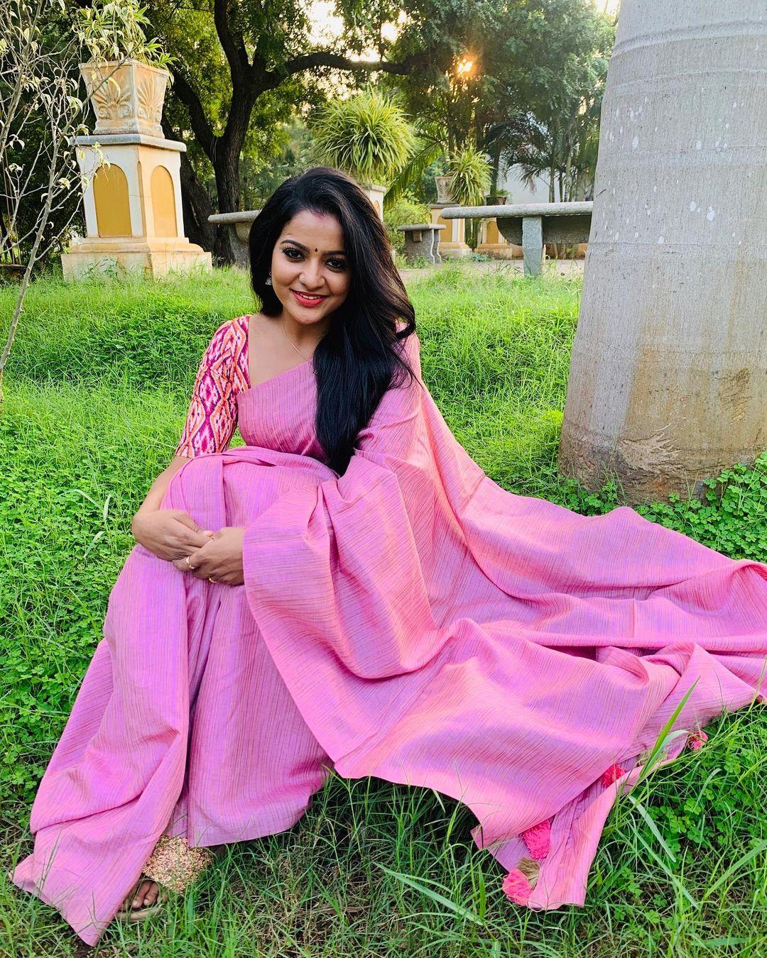 Serial Actress V. J. Chitra Photo Gallery (3)