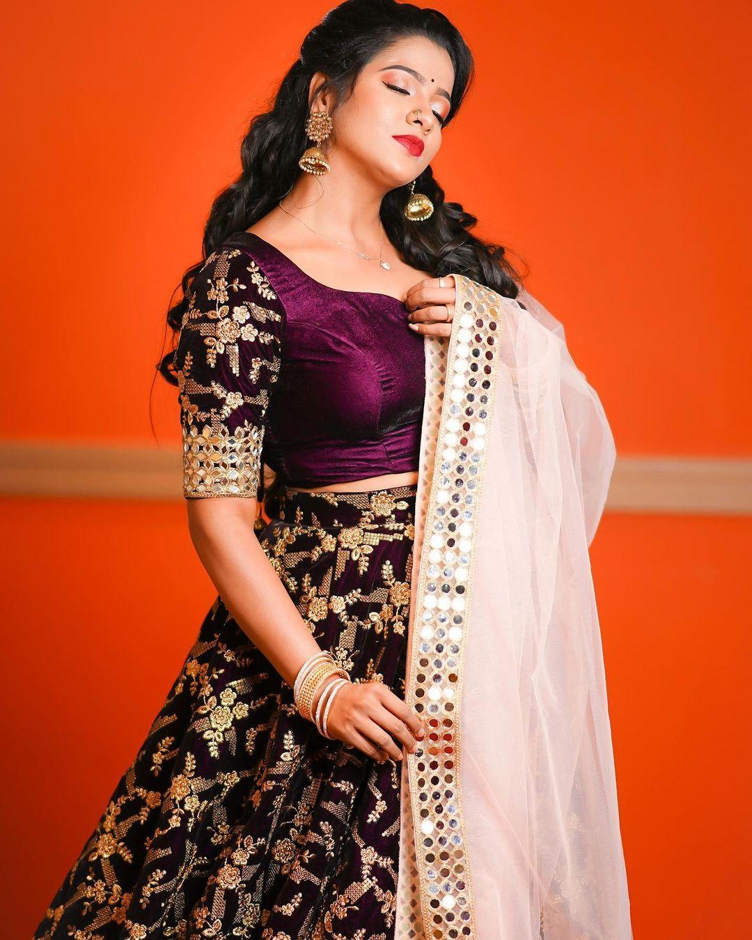 Serial Actress V. J. Chitra Photo Gallery (7)
