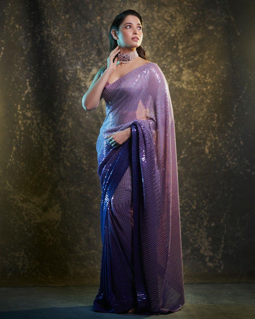 Alluring Tamannah Bhatia Saree Photos