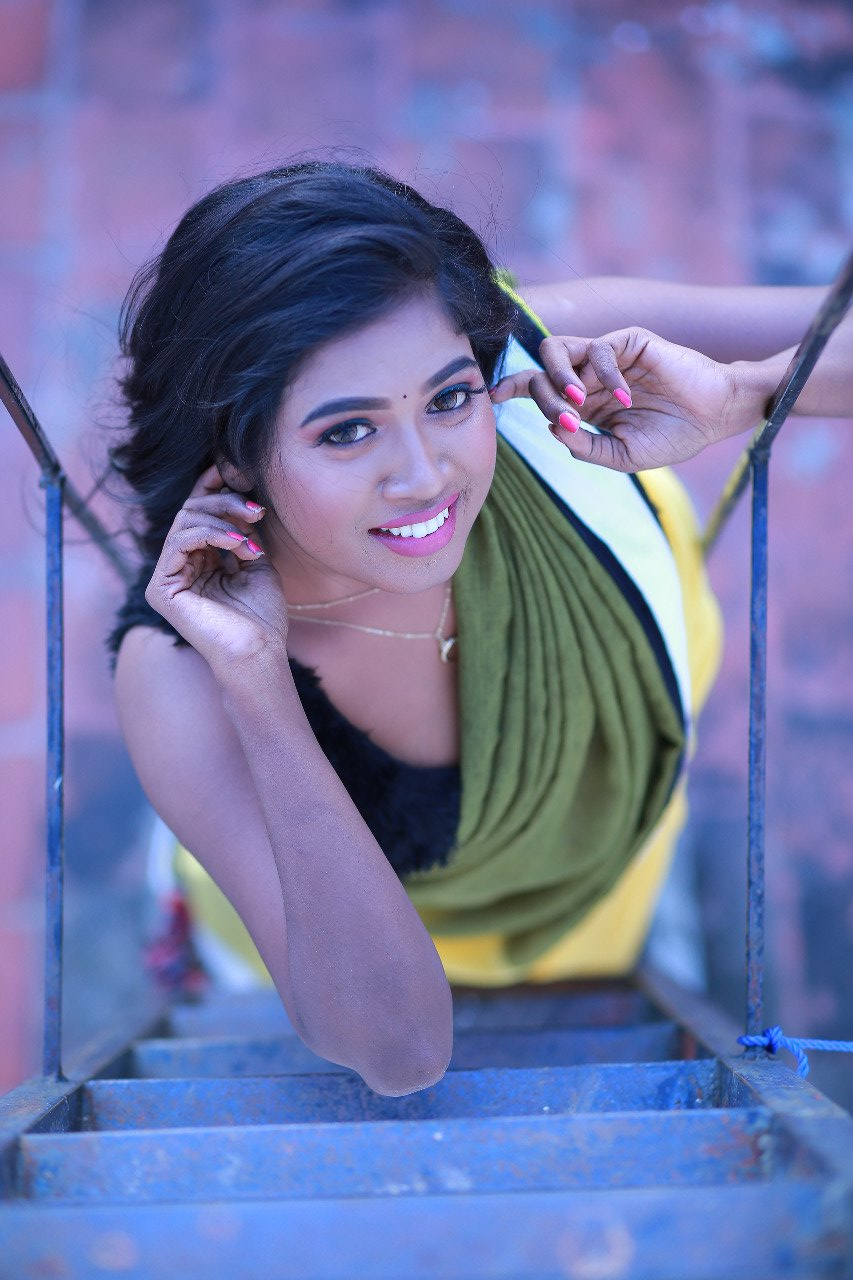 Actress Saranya Ravichandran Saree Photos