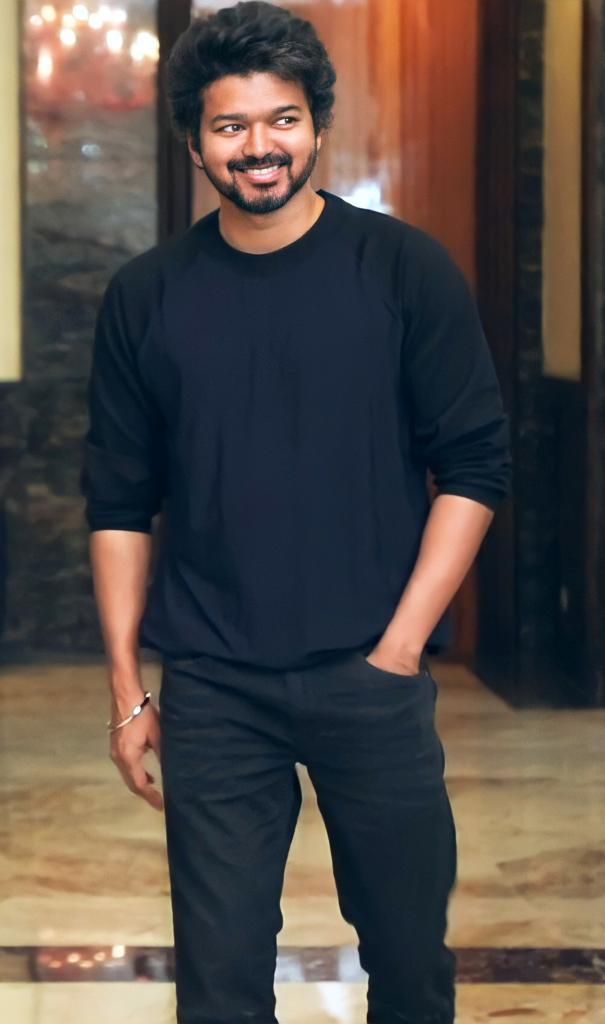 Handsome-Thalapathy-Vijay-51514