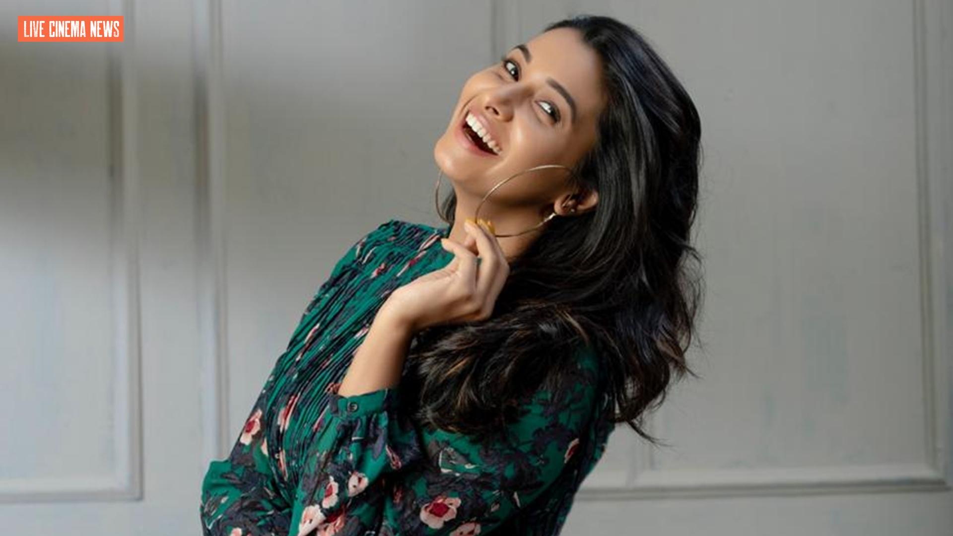 Priya Bhavani Shankar Latest Cute Pics